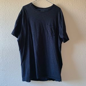 Banana Republic 2 Color Slub Tee.